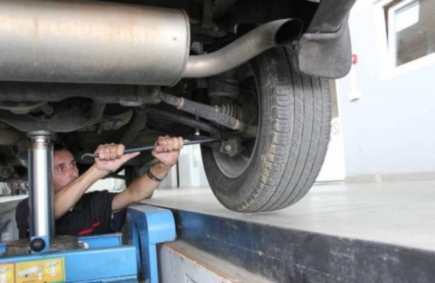 Kako pregledati ispravnost dijelova vozila koji najviše utječu na sigurnost vožnje?