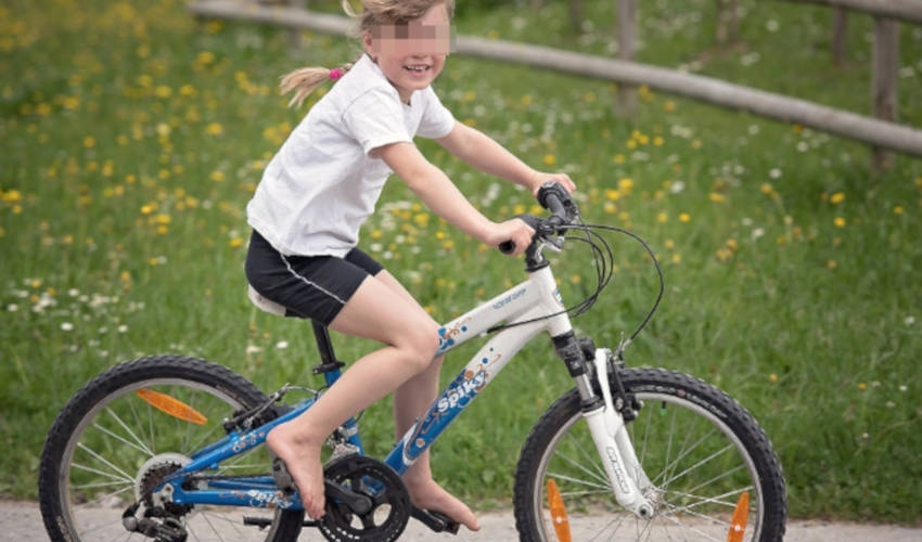 APEL LIJEČNIKA: Mali biciklisti bez kacige teško se ozljeđuju!